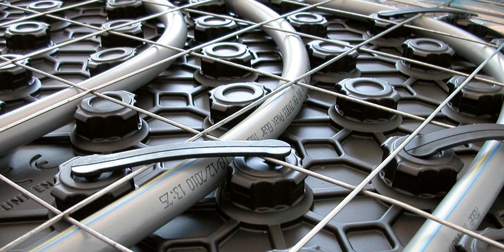Reti per la produzione di di massetti e pannelli radianti